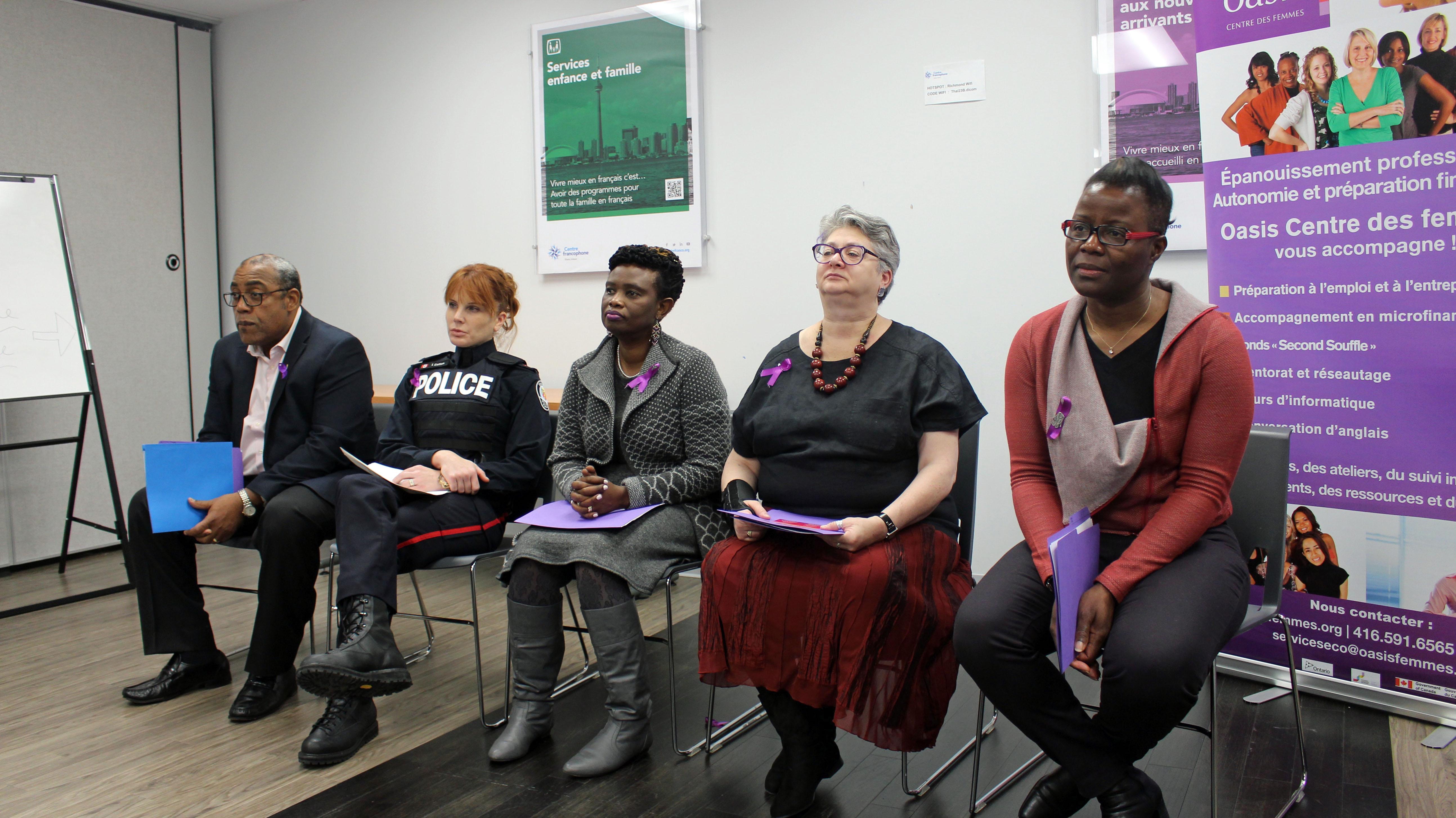 La campagne est menée en collaboration avec Oasis Centre des femmes, la Police de Toronto, le Centre francophone, la Maison d'hébergement et CAMH
